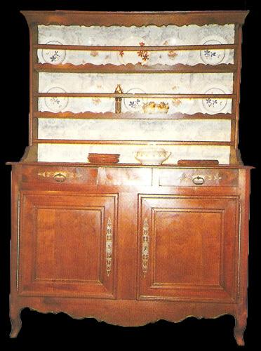 restauration de meubles atelier bence meubles r gionaux les vaisseliers. Black Bedroom Furniture Sets. Home Design Ideas